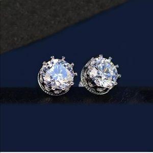 Swarovski Crystals Stud Earrings 14k White Gold